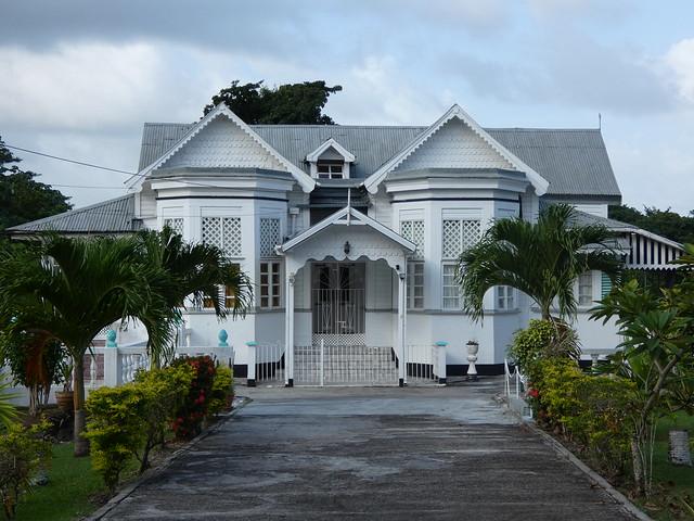 Casa colonial de la isla de Granada (Islas del Caribe en crucero)