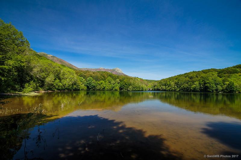 Pantano de Santa Fe de Montseny con filtro polarizador