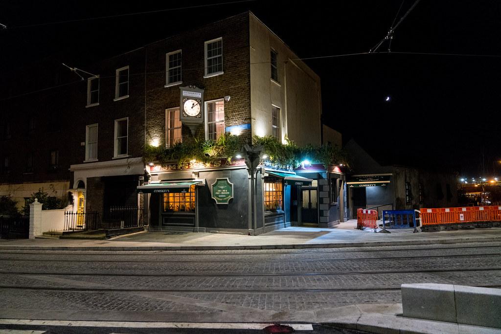 CUMISKEY'S PUB ON DOMINICK STREET IN DUBLIN 004