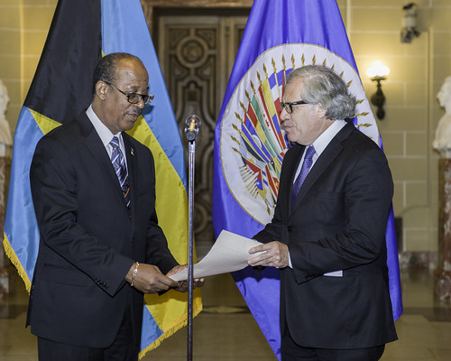 New Permanent Representative of The Bahamas to the OAS Presents Credentials