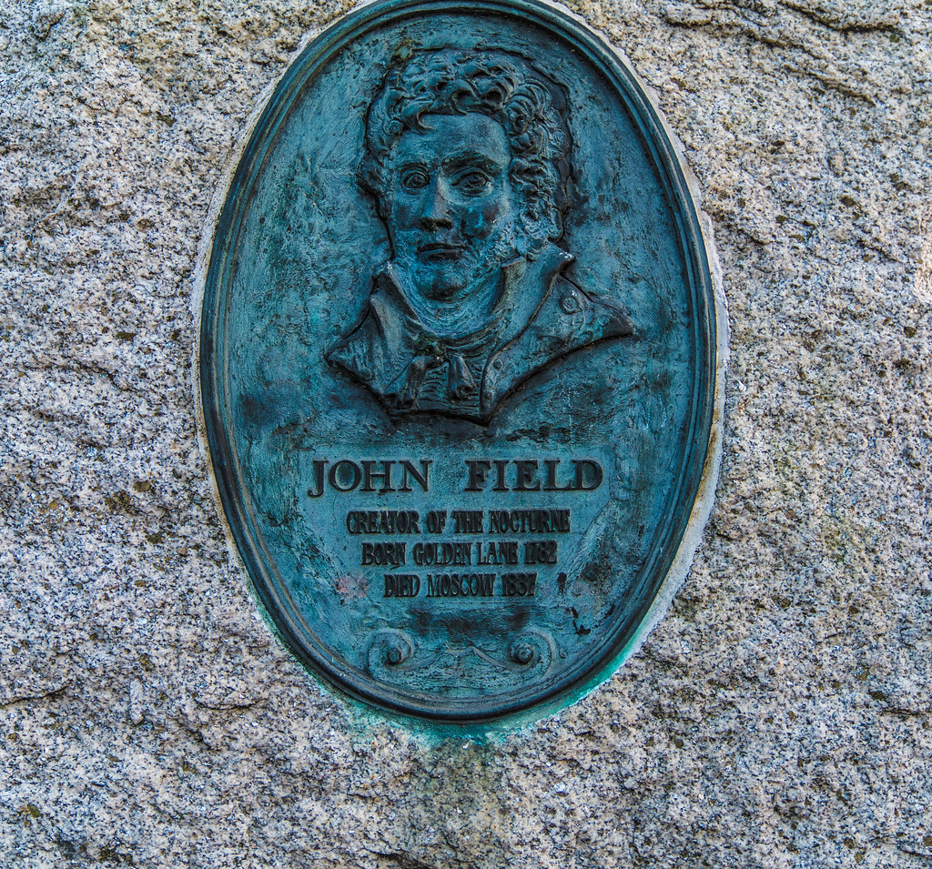 JOHN FIELD MEMORIAL PLAQUE - GOLDEN LANE 003