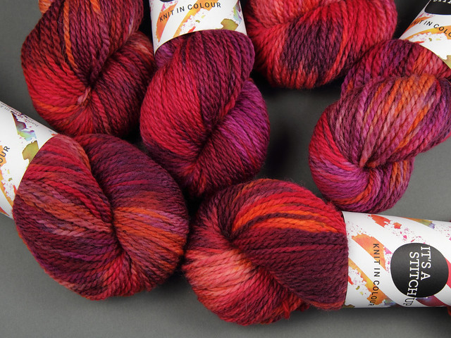 Awesome Aran – hand-dyed pure superwash British wool yarn 100g – 'Momiji' (red, purple, orange)