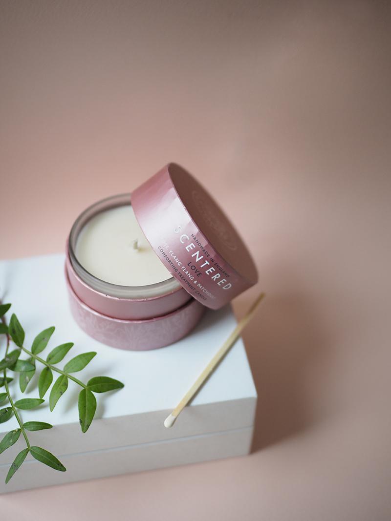 Scentered-tuoksukynttilä LOVE matkakoko