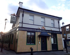 Picture of King's Head, SW5 0QT