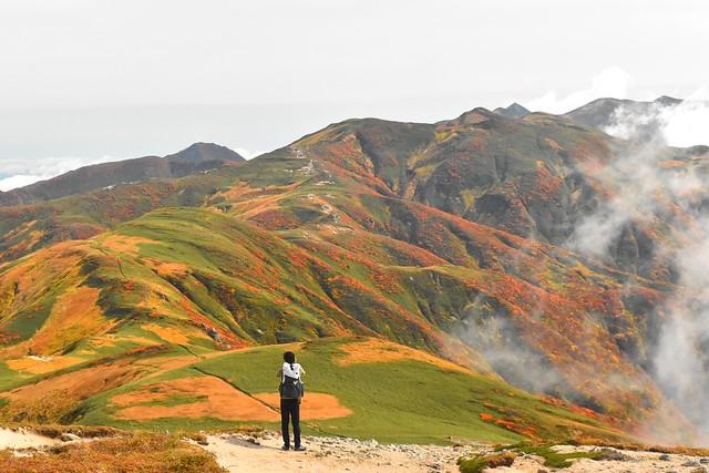 朝日連峰 紅葉登山