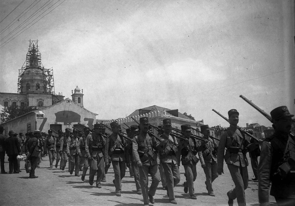 Desfile de efectivos da P.S.P.  (J.Benoliel, 1918)