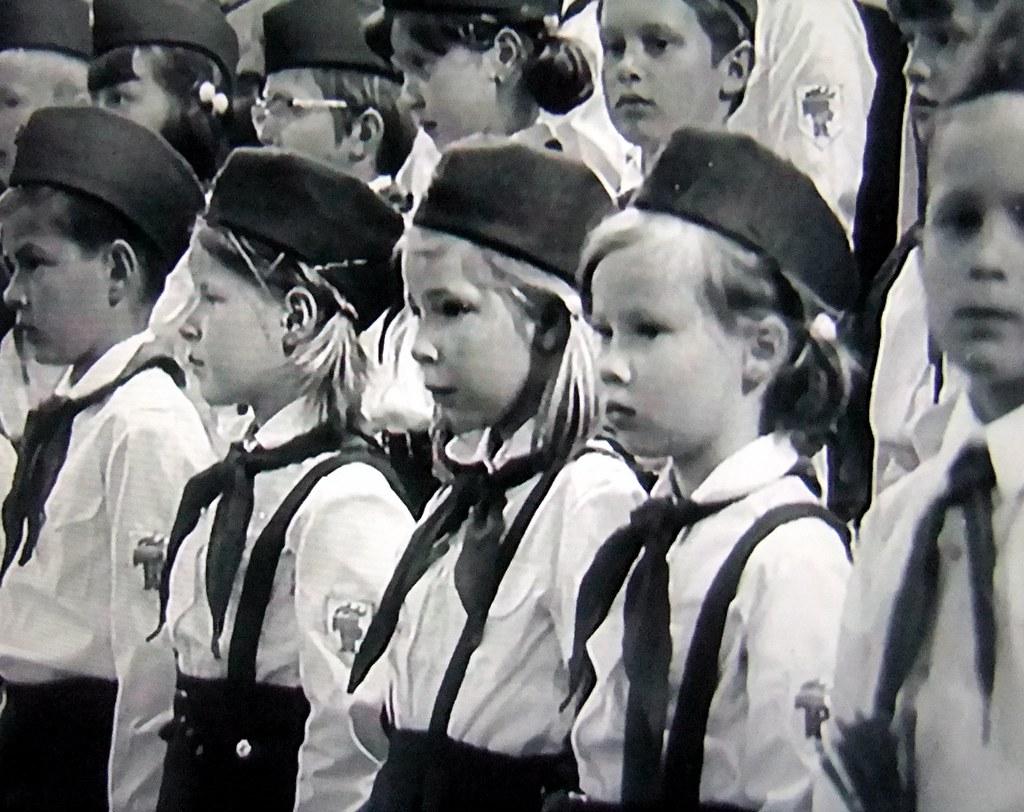 DDR Pioniere,DDR Kinder,Freie-Deutsche-Jugend,Thälmannpion… | Flickr