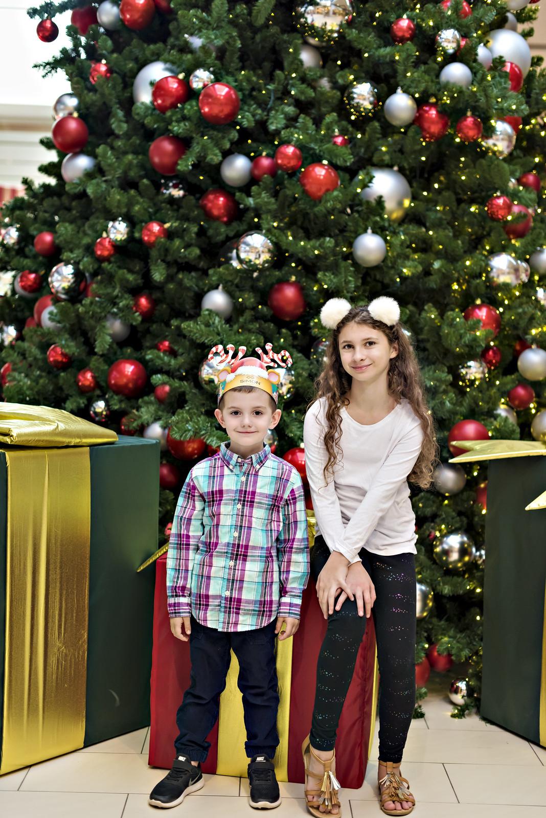 Santa at Ontario Mills mall