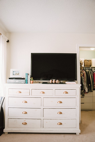 konmari method of organizing clothes and closet tour | by Get Kamfortable