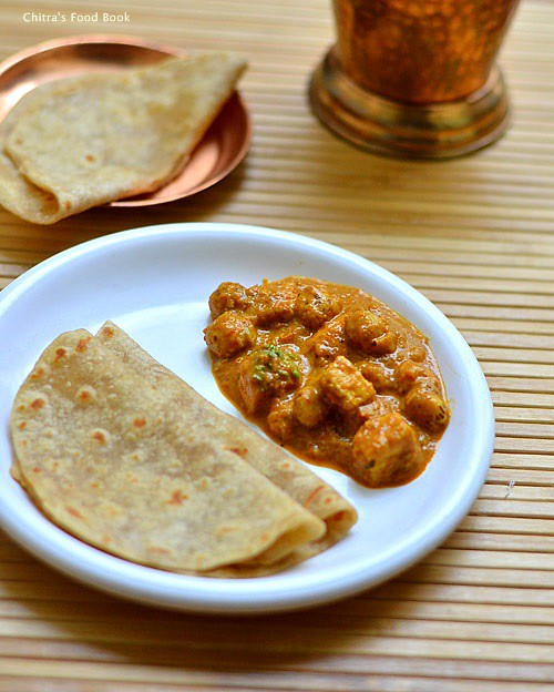 Phool makhana paneer gravy