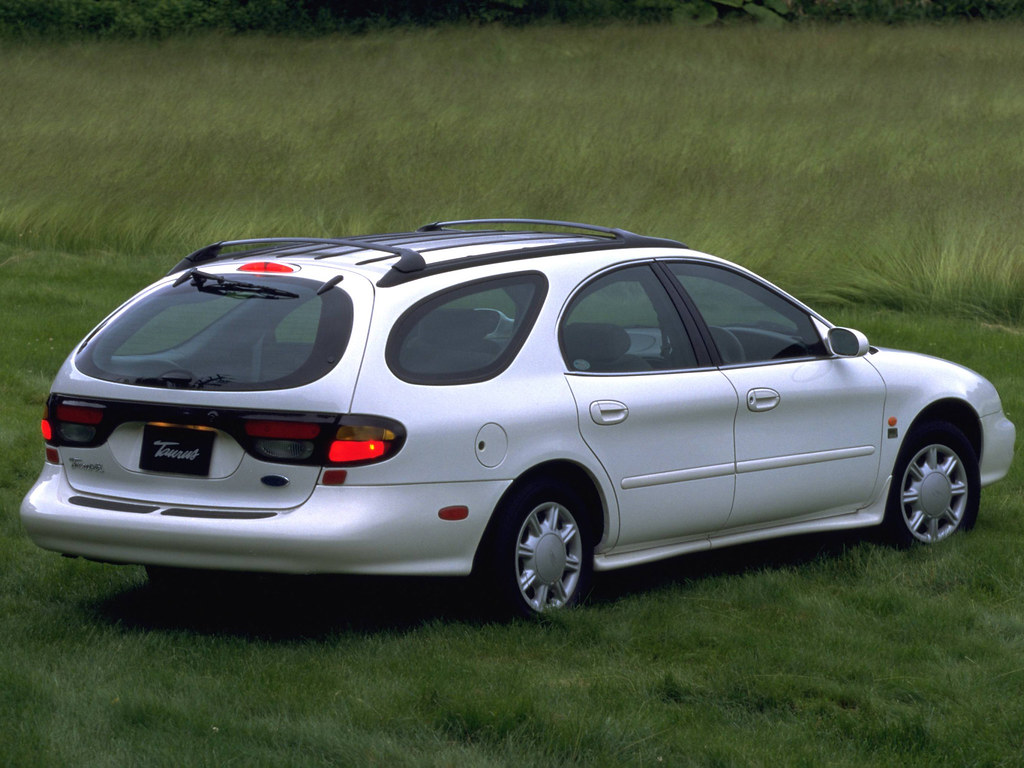 1997 ford taurus wagon press photo japan by five starr photos aussiefordadverts