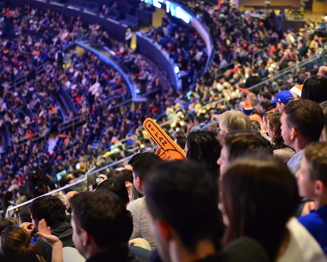 Ambiente del partido entre los Knicks de Nueva York y Sacramento Kings