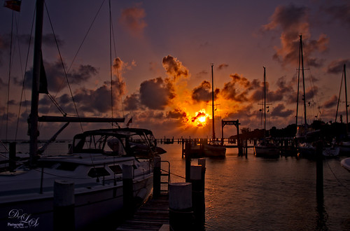 Image of sunset at Spanish Cay in the Bahamas