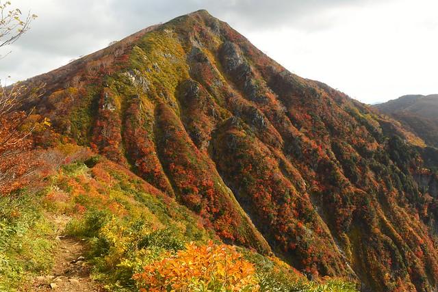 紅葉の小朝日岳