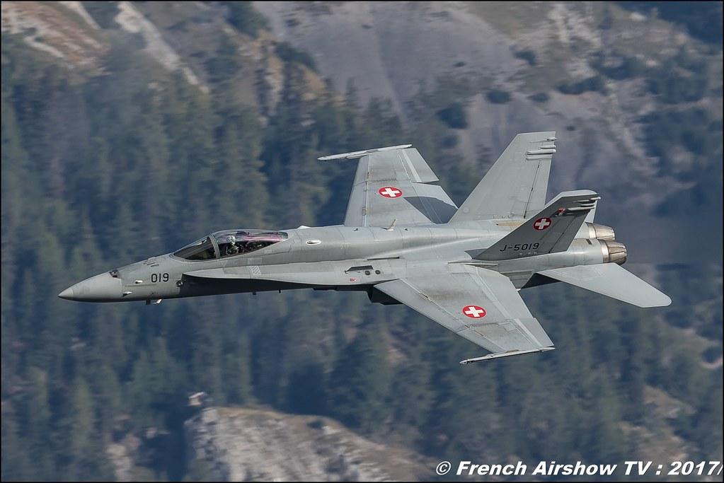 F/A-18 Hornet - Suisse - Schweizer Armee , Breitling Sion Air Show 2017 , sion airshow , montagne , Alpes suisse , Canton du Valais , Meeting Aerien 2017