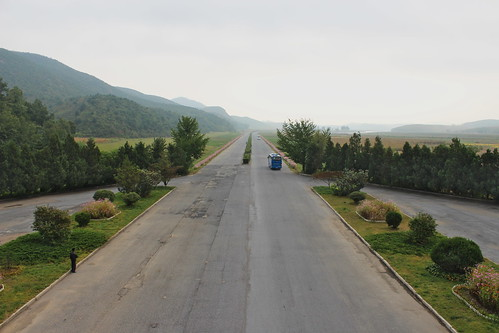 View from a roadside rest area between Pyongyang and Kaesong | by Timon91