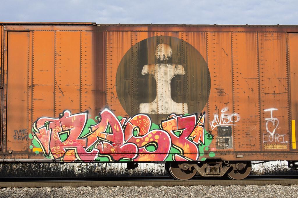 Friday Morning Rail   A surprising auto parts boxcar tags al