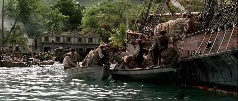 Fotografía que muestra la secuencia en la que aparece por primera vez Port Royal en Piratas del Caribe