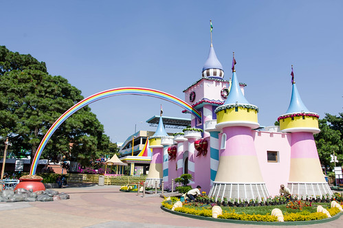 Princess castle with rainbow guiding to gold | by wuestenigel