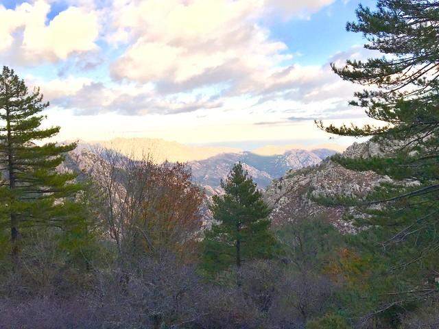Belle vue vers la vallée et la baie