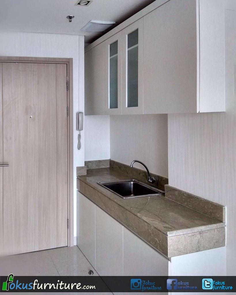 ... Kitchen Set Minimalis Apartemen Elpis Gunung Sahari Jakarta. #apartemen  #furniture #hpl #