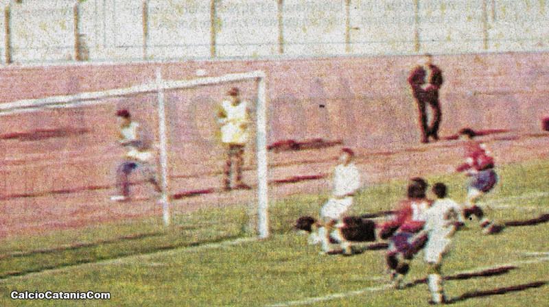 Il primo gol di Umberto Brutto a Trapani nel 1999