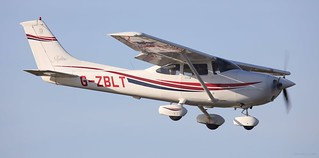 Cessna 182S Skylane, G-ZBLT Lee on Solent Airfield 2017 | by SupaSmokey
