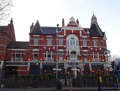 Picture of Half Moon, SE24 9HU