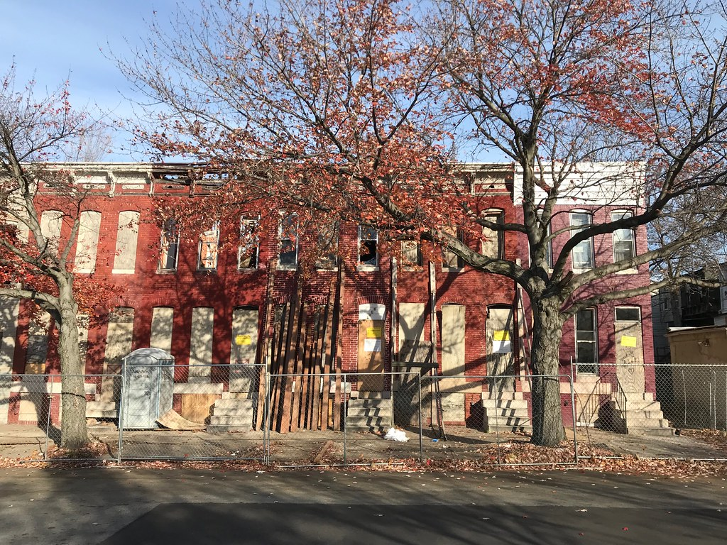Demolition of vacant rowhouses, 1100 block of E. Hoffman Street, Baltimore, MD 21202, 2017 November 21.