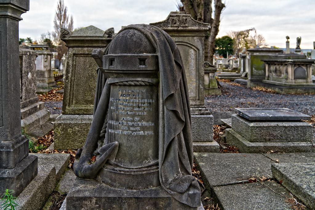 THE DEATH COACH CAME FOR SIR BURTON MACNAMARA 004