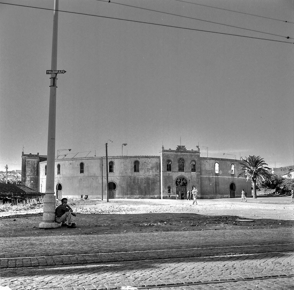Praça de Toiros, Algés (Arnaldo Madureira, 1961)