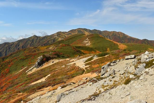 東北・以東岳~大朝日岳の稜線