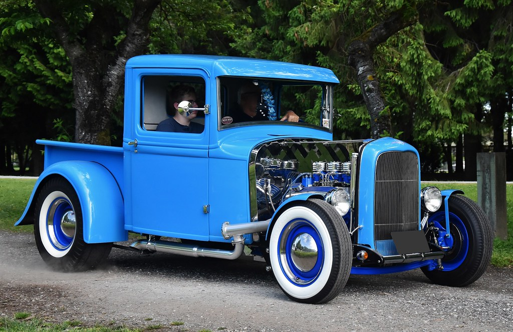 1932 Ford pickup truck \