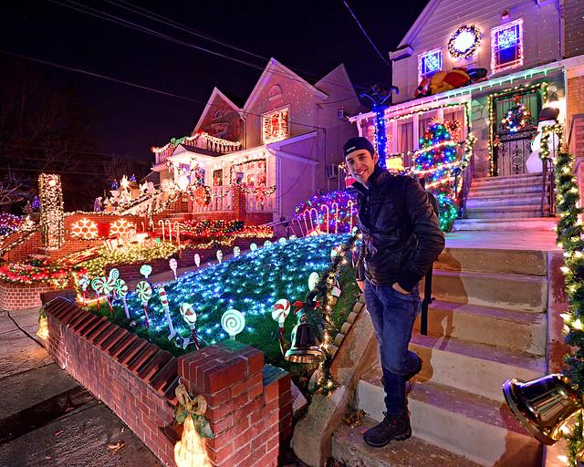 Diario de un Mentiroso en las casas de Dyker Heights de Nueva York