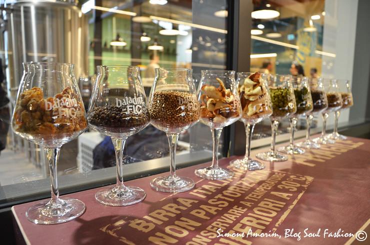 Detalhes da cervejaria Baladim que além de ter cervejas tops ainda tem uma batata frita maravilhosa e e um menos com diversos hambúrguers