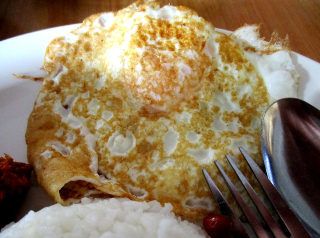 Sri Pelita fried egg