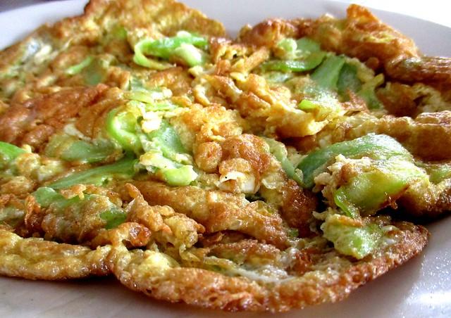 Bitter gourd omelette