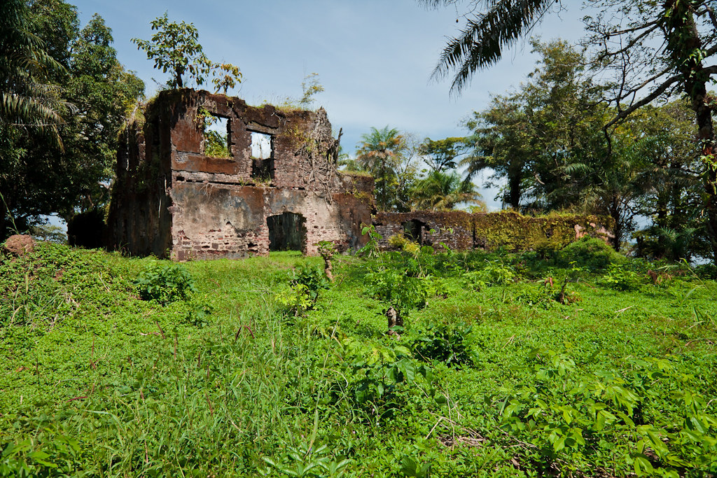 Bunce島的奴隸堡遺跡。圖片來源:bobthemagicdragon (CC BY-NC-ND 2.0)。