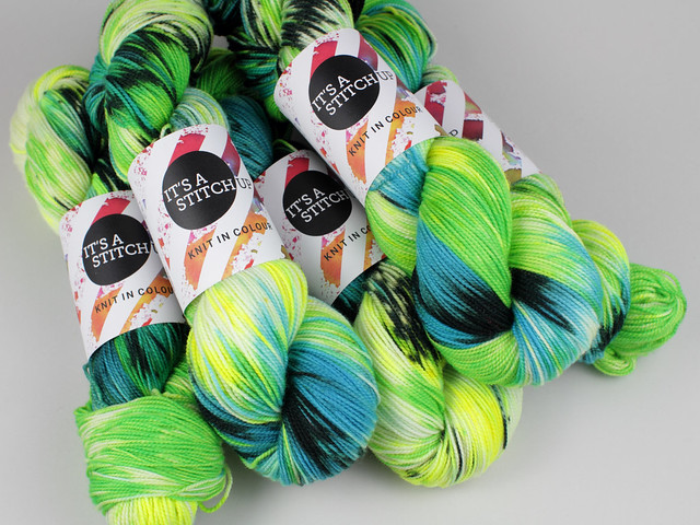 Favourite Sock – hand-dyed pure Merino superwash wool 4 ply/sock yarn 100g – 'Chameleon'