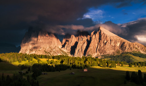 Sunset at Alpe di Siusi | by Dreamy Pixel