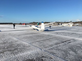 Gliding on a frosty day at the end of 2017 | by Buckminster Gliding Club