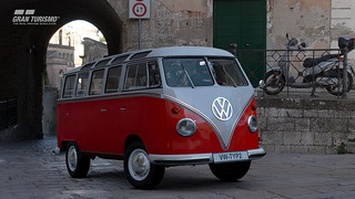 Gran Turismo Sport - Volkswagen Samba Bus Type 2 (T1) (N100)