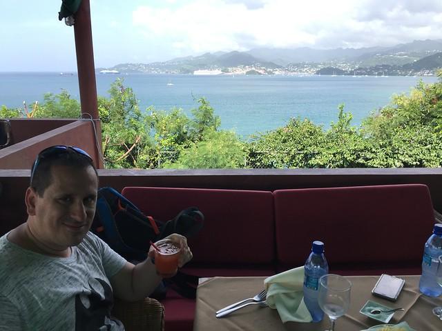Sele en el Bruno's Restaurant de Granada