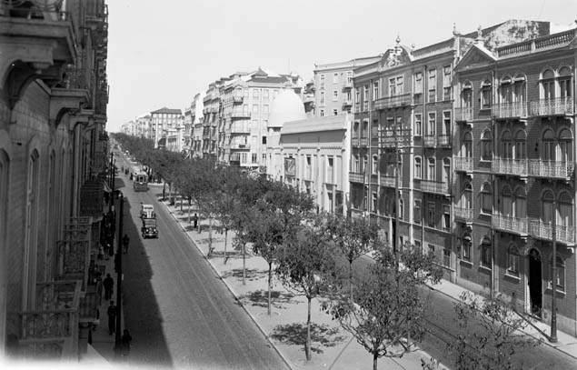 Av. Almirante Reis, Lisboa (E.Portugal, 1938)
