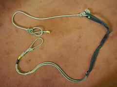 rope and bike inner tube clapper tie