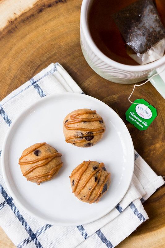 Cinnamon Chocolate Chip Tea Cookies | cookingalamel.com