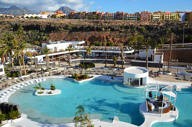 Swimming pool, Hard Rock Hotel, Playa Paraiso, Tenerife