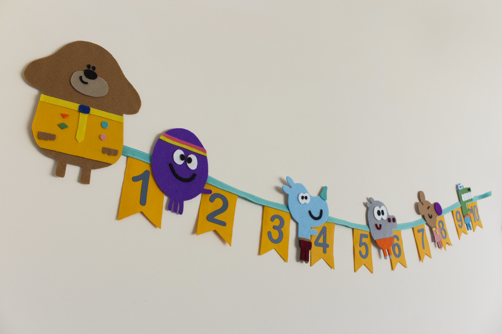 Hey Duggee counting banner made from felt