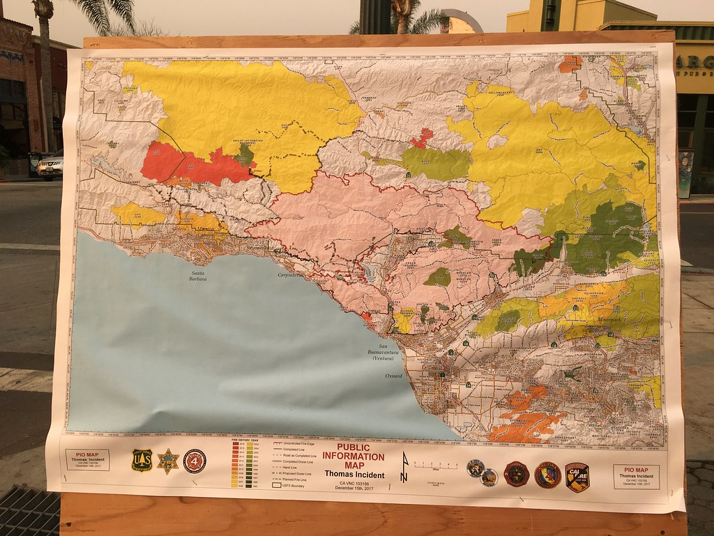 Thomas Fire Information Map Displayed On Ventura Street Flickr