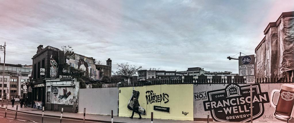 STREET ART AT SOUTH RICHMOND STREET IN DUBLIN 001